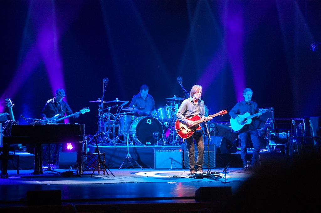 Jackson Browne and his band performing
