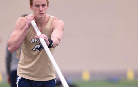 Akron pole vaulter Shawn Barber named Sullivan Award finalist