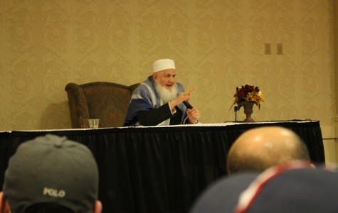 Muslim speaker visits UA