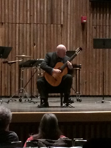 UA professor plays classical guitar pieces in recital