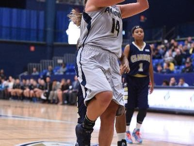 Women's basketball starts season with loss
