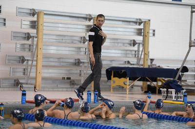 Akron Swimming and Diving dunks Ohio, stays undefeated