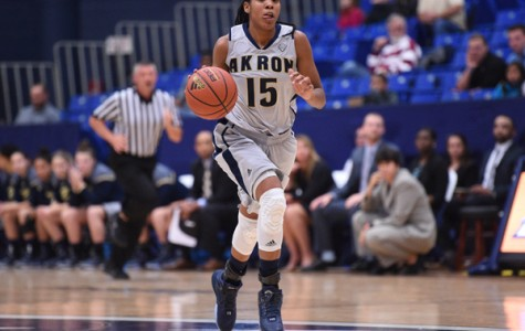 Central Michigan beats Zips' women, 81-60