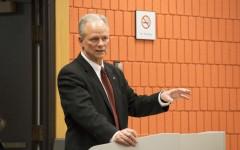 Faculty senate votes 'no confidence' in Scarborough