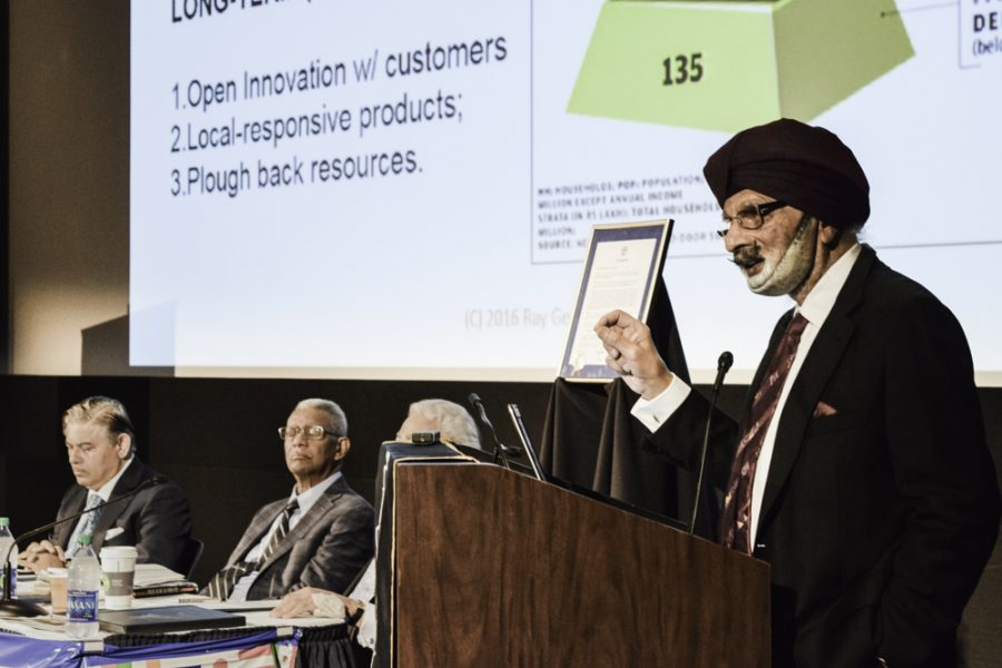 Ratanjit+Sondhe%2C+UA+polymer+science+grad%2C+was+the+keynote+speaker+at+the+Global+Oneness+event+yesterday.