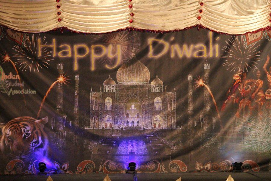 The+dance+floor+at+last+year%27s+Diwali+Night+celebration+at+UA.+