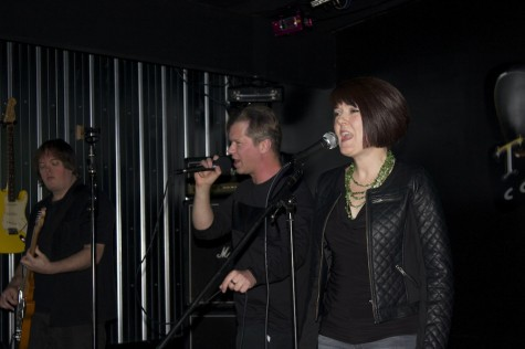 "Chris Foldi and Michelle Strong singing ""1..2..3.."""