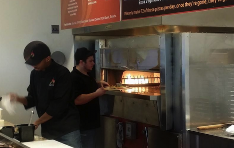 New PizzaFire gives students custom pies