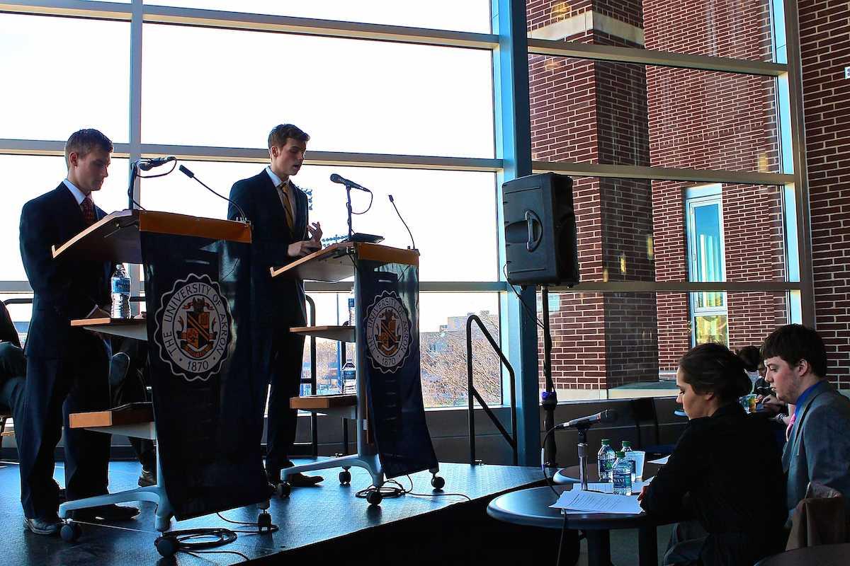 The presidential candidates, Taylor Swift and Garrett Scherba, debate campus issues.
