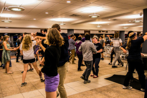 Late night swing dancing in Union