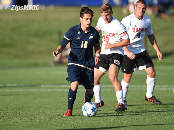 Zips soccer complete holiday weekend sweep