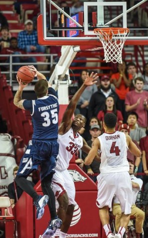 Men's hoops falls to No. 11 Villanova, 75-56