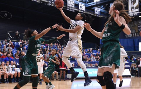 Zips hang on to beat Eagles, 75-72