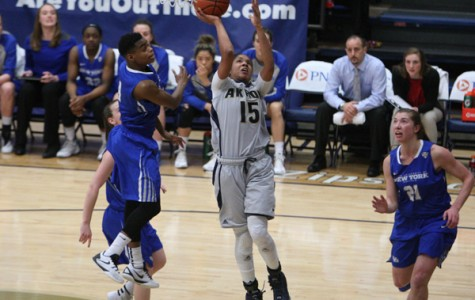 Zips use strong second half to beat Buffalo, 62-49