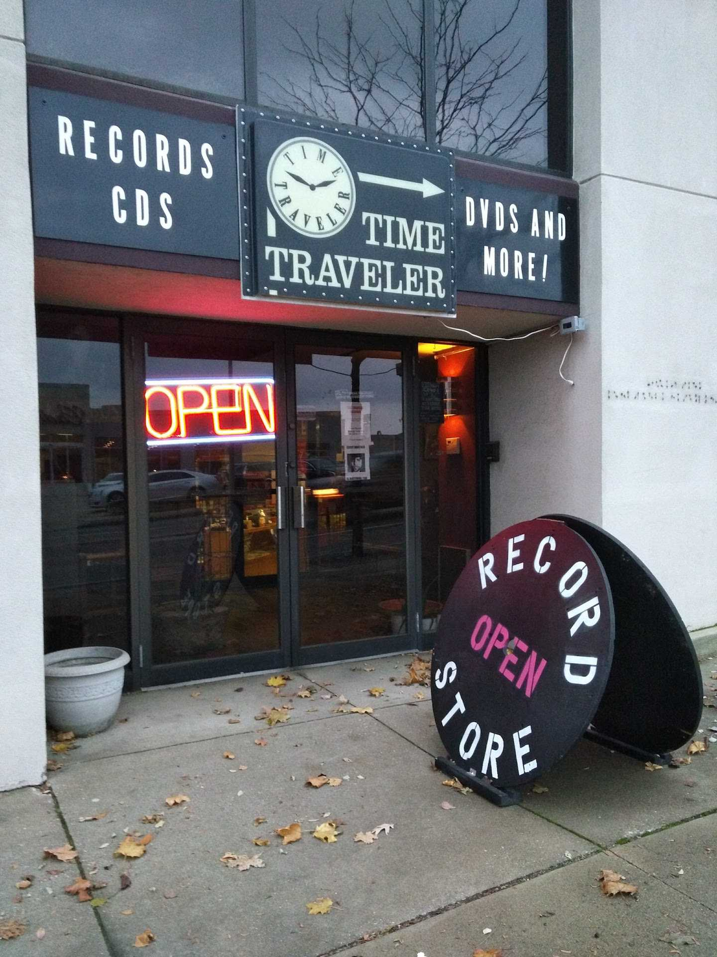 Time Traveler Records is your one stop destination for new and used vinyl and CD's.