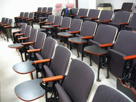 A group of right-handed desks in a Kolbe lecture hall.