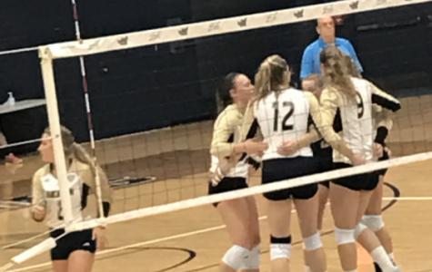 Zips Volleyball Defeats Buffalo, Drops Heartbreaker to Toledo in Road Split