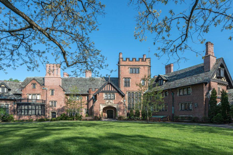Visit Stan Hywet Hall & Gardens