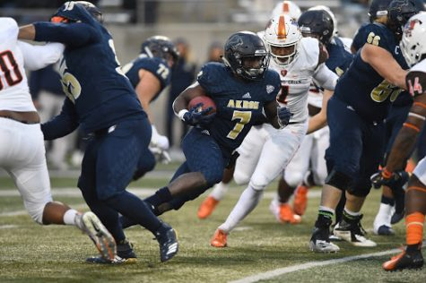 Van Edwards, Jr., (Cape Coral, Fla.) UA senior and RB for the Zips team. (Image via Jeff Harwell)