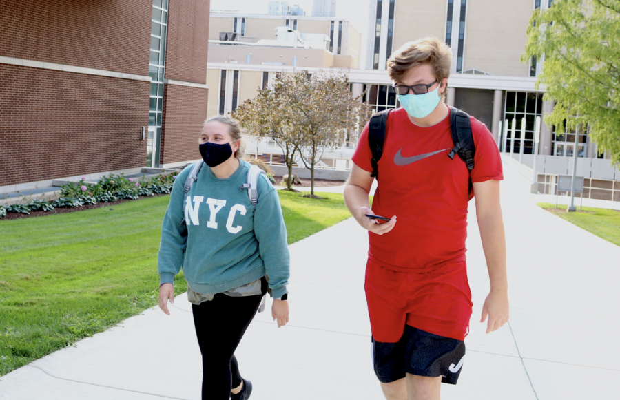 Students following mask wearing recommendation by The University of Akron while on campus.